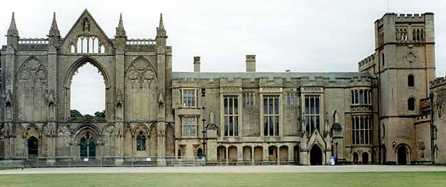The west front of Newstead Abbey 9photo: A Nicholson, 2003).